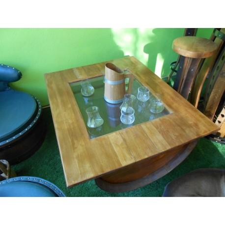 table basse avec plateau de bois ou fenetre verre