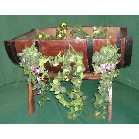"""Bac à fleurs """" Modéle BATEAU """" sur chevalet en chêne"""
