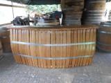 BAR COMPTOIR en chêne avec plateau sur fabrication avec doualles de barriques