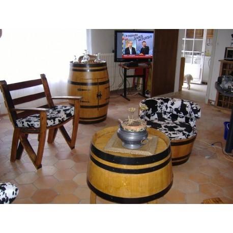 ensemble salon compos d 39 un bar d 39 un fauteil d 39 une chaise table basse gerard busin. Black Bedroom Furniture Sets. Home Design Ideas